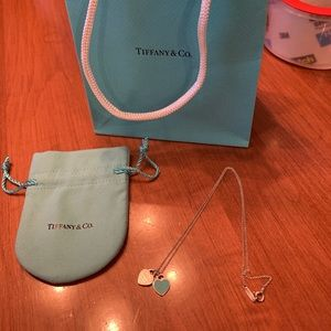 return to tiffany mini double heart pendant
